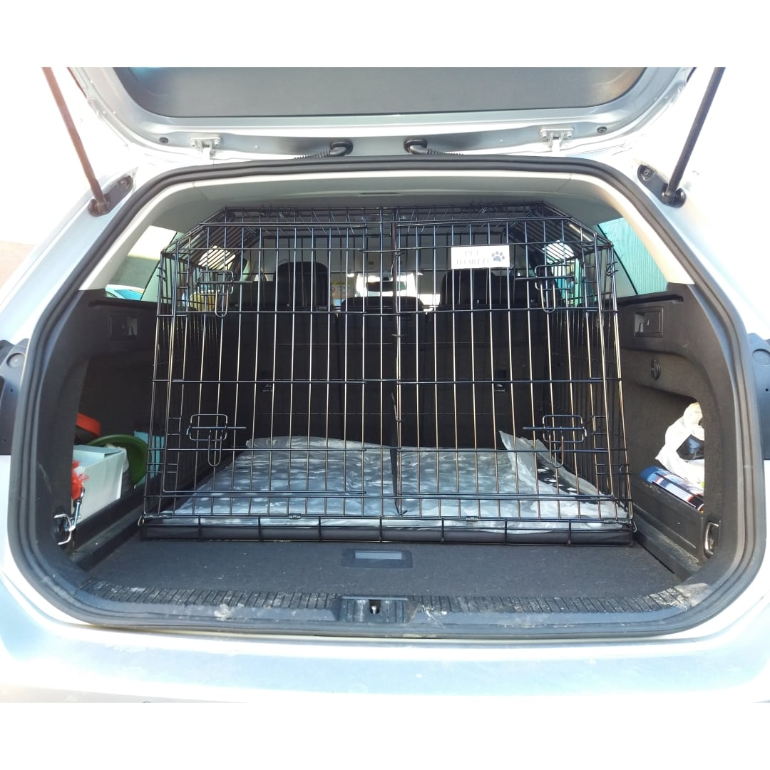 Pet World Volkswagen Passat Comfortline 2015 Onward Estate Car Dog Cage Crate Pet Travel Arrows