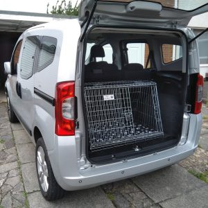 fiat qubo, car dog cage, travel pet crate