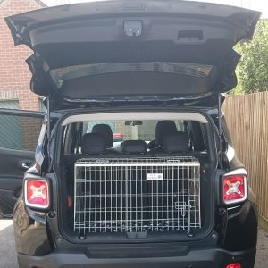jeep renegade, pet cage, dog travel crate